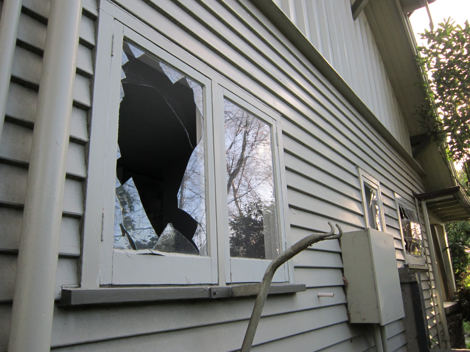 Fha and cracked windows for Home on windows